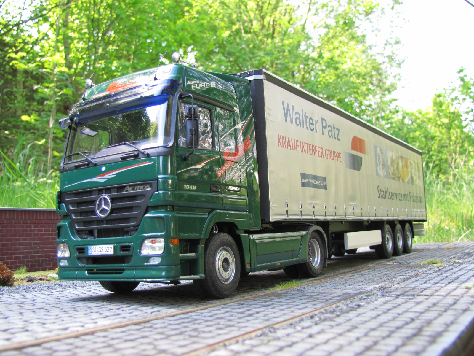 Mercedes benz actros mp2 by oliver skolaut germany a n for Mercedes benz truck pictures