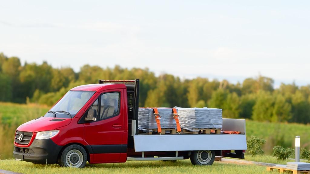 Mercedes-Benz Sprinter, flatbed 3.5 ton truck. Andrey Myakotkin, Latvia