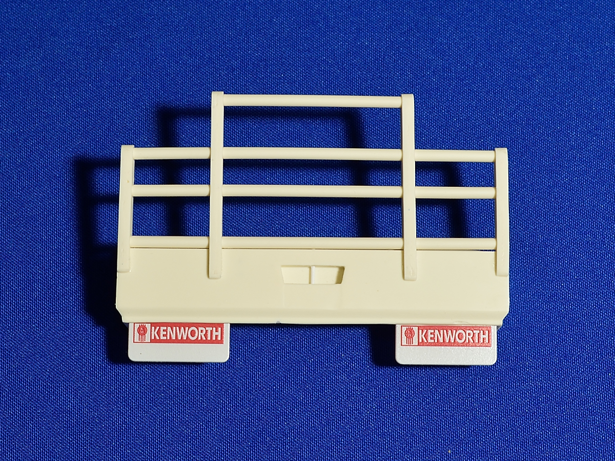 Bullbar and stoneguard for Aussie K200 truck. Additional kit, 1/24